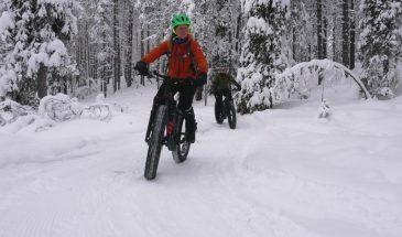 Fatbiking in Lapland winter