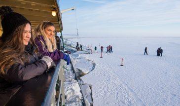 Trip from Rovaniemi to Icebreaker Sampo (4h cruise)