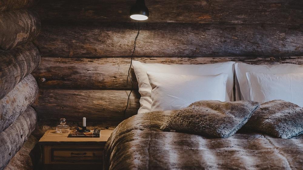 Visit luxury lodge Paishill Utsjoki- interior bedroom